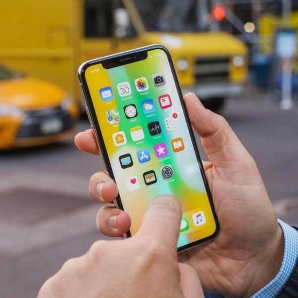 Слухи: Apple сокращает производство iPhone X и думает повременить с iPhone SE 2 (iphone x 54)