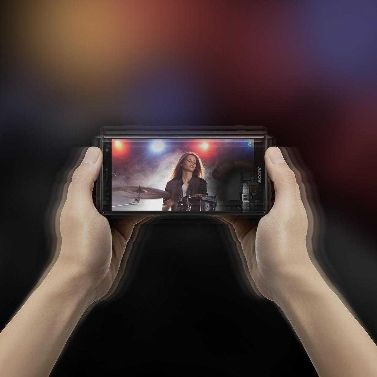 MWC 2018. Sony представила новый флагман Xperia XZ2 (3)