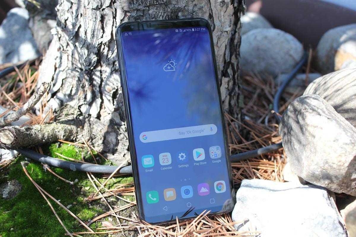 LG выпустила новый мультимедийный смартфон V35 THINQ (lg v35 thinq)