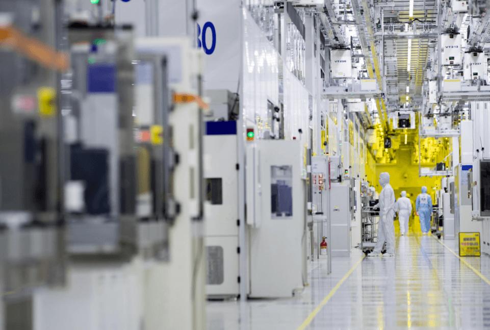 Новые 10-нм процессоры Intel появятся не раньше середины 2019 года (1519307703 snimok)