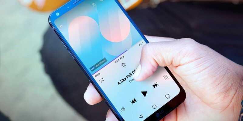 В России начались продажи LG Q7 и LG Q7+ (LG Q7 2)