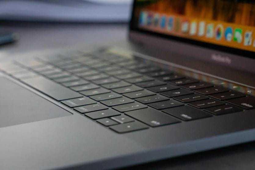 ТОП-9 крутых фишек Apple MacBook Pro 2018 (MMas)
