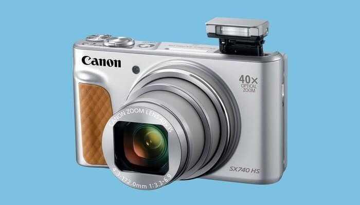 Canon представил первую компактную камеру с 4К видео (740 silver 3qflash hires 700x467 c)