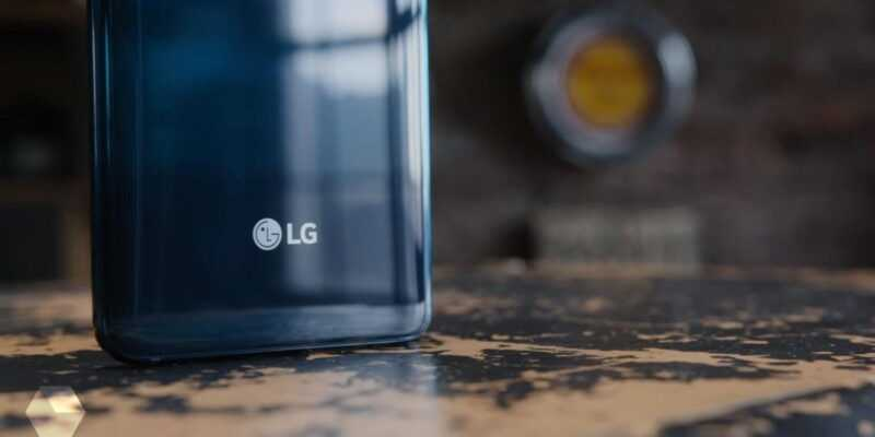LG показала первый смартфон на Android One (SRS7cDa7RFdS)