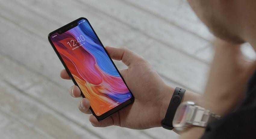 Xiaomi назвала цены на новый смартфон Mi8 в России (b7ba01f9 97cf 4bf7 904c 7f6aa0baeb6d)