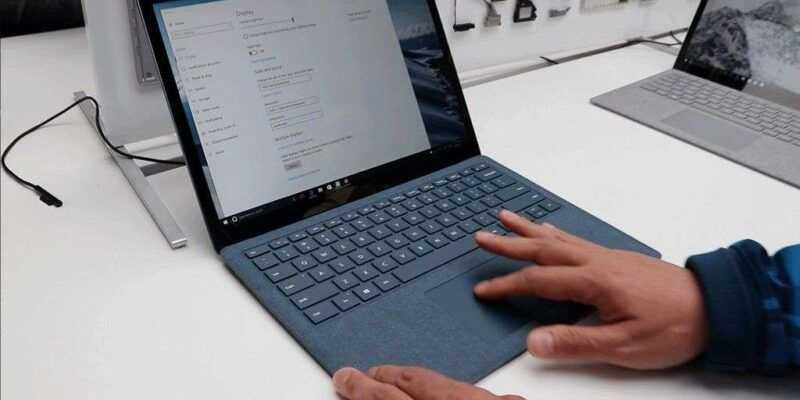 Слухи: Microsoft's Surface Laptop 2 может выйти в черном цвете (1497888974 programmnoe obespechenie microsoft surface laptop 2017)
