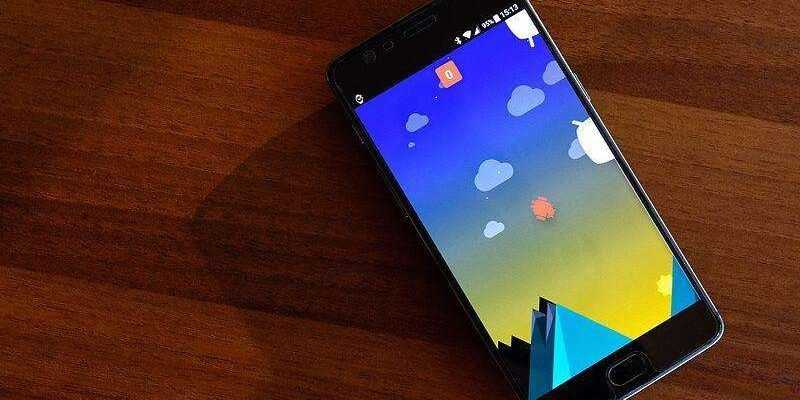 OnePlus в октябре представит смартфон 6Т (1536646689 01 2)