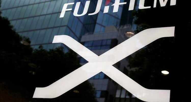 Fujifilm разрабатывает 100-мегапиксельную камеру (ff1)