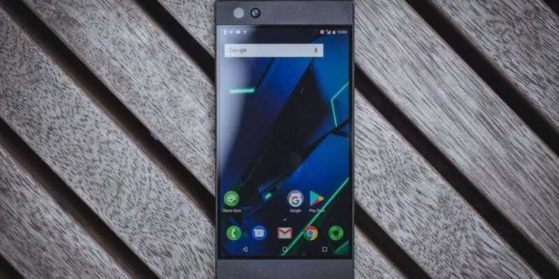 Razer Phone 2 будет представлен 10 октября (razer phone product 12)