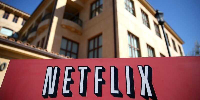 Netflix купит свою первую продакшн-студию (https cdn.cnn .com cnnnext dam assets 181008160850 01 netflix studio albuquerque)