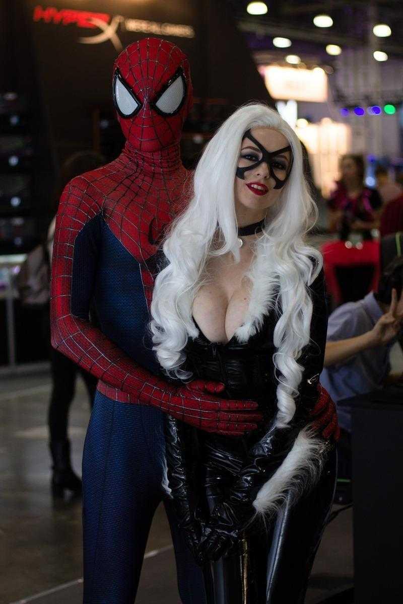 18+ Самые красивые девушки ИгроМир 2018 и Comic Con. День 1 (igromir comic con devushka 31)