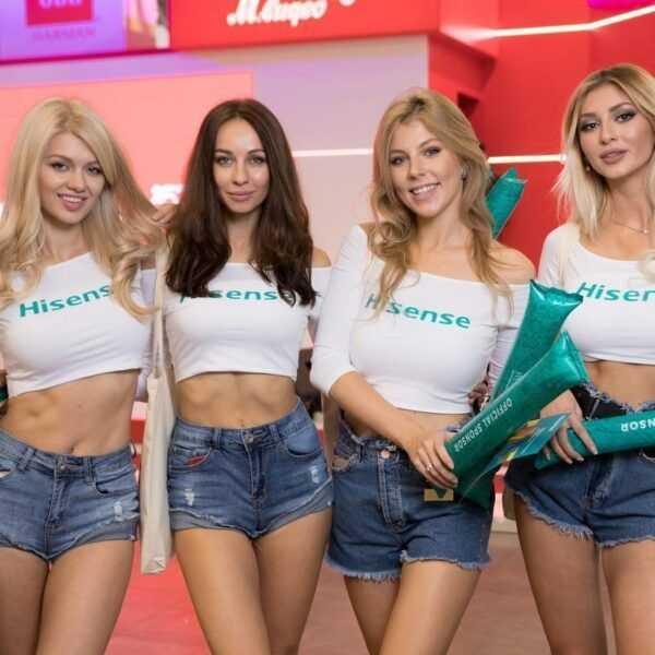 18+ Самые красивые девушки ИгроМир 2018 и Comic Con. День 1 (igromir comic con devushka 37)