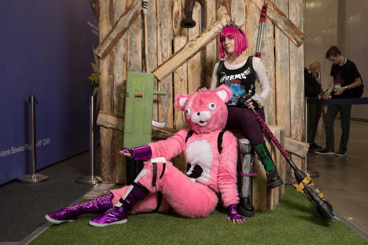 18+ Самый необычный косплей на ИгроМир 2018 и Comic Con. День 2 (igromir comic con kosplej den 2 21)