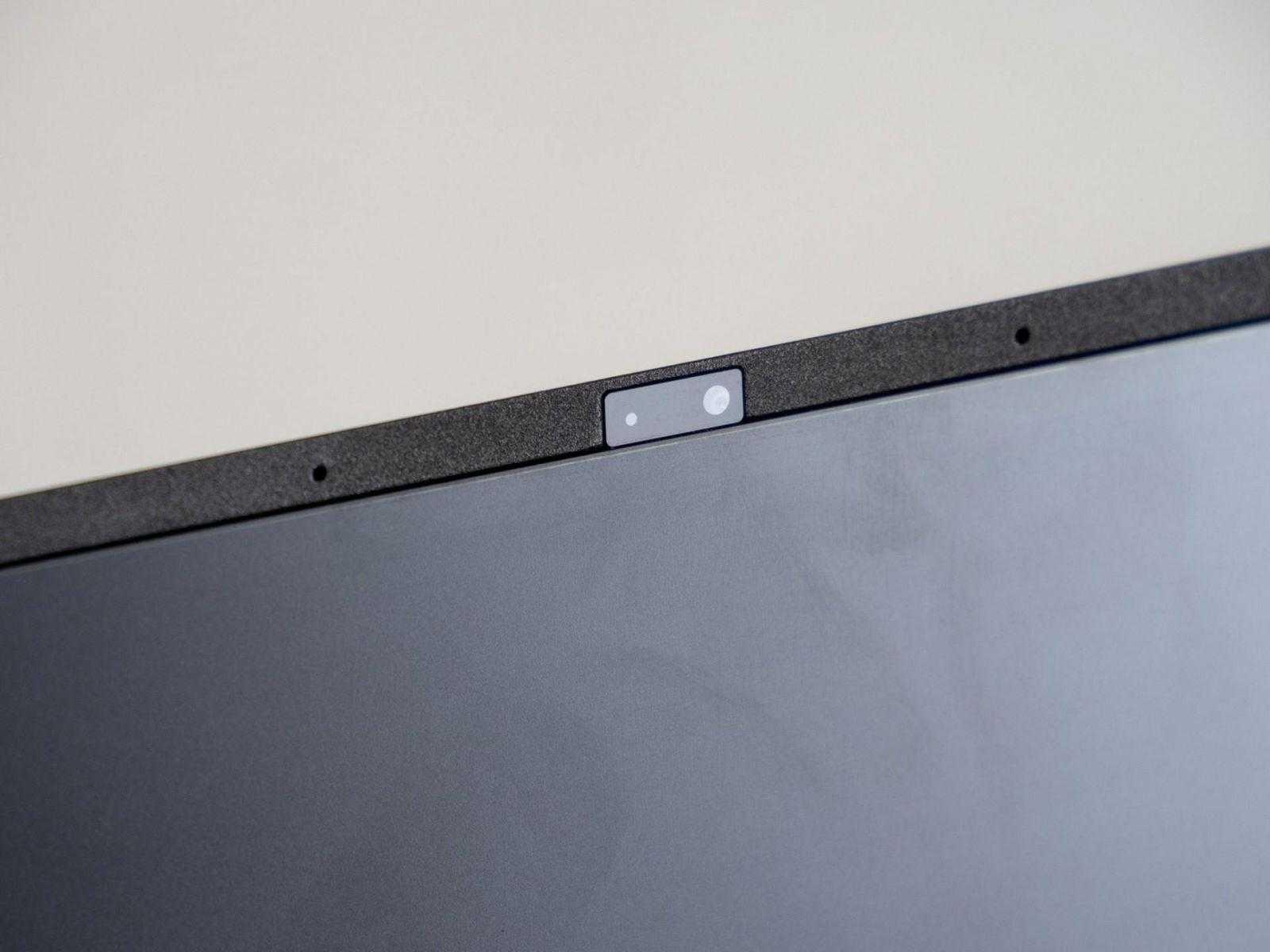 Камера в Acer Aspire S24-880