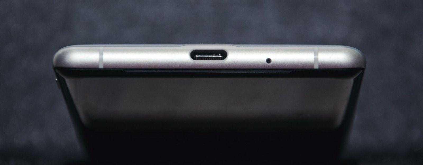 USB-C в смартфонах Sony уже стал традиционным.