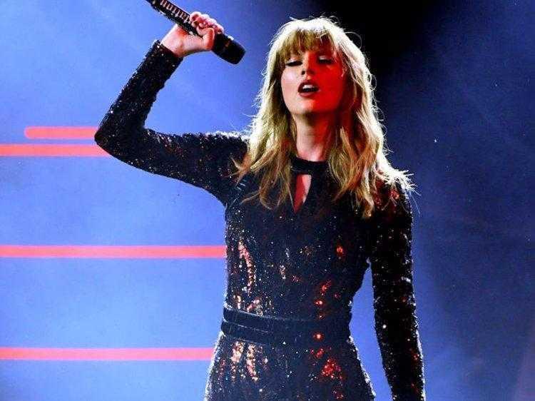 Тейлор Свифт использовала технологию распознавания лиц на своем концерте (5c11505cdde867374553f90d 750 562)