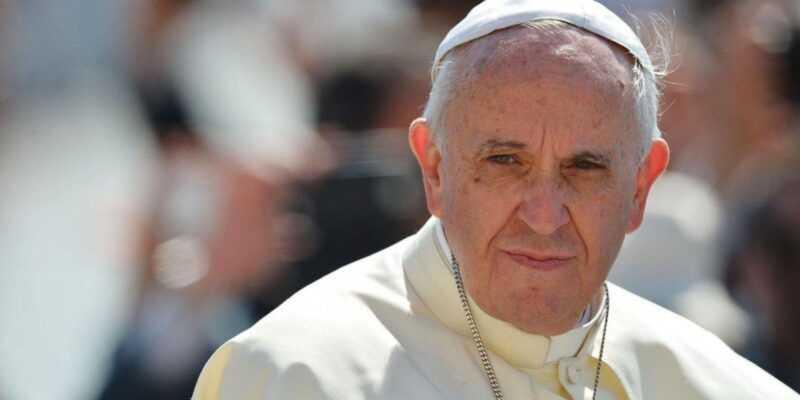 Папа Римский запустил приложение «Нажми и помолись» (0968dac794a479cde972096bf46ddf27)