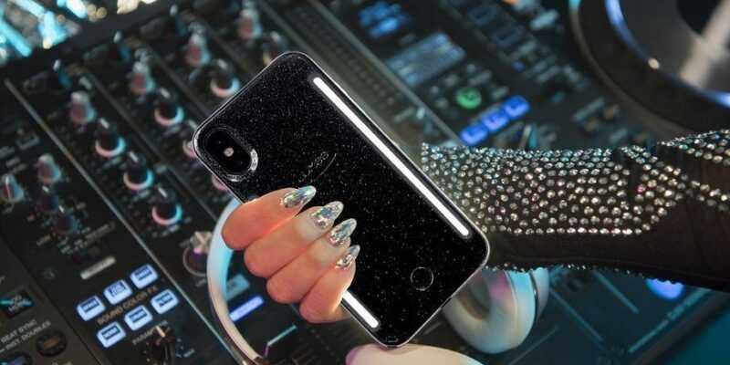 CES 2019. Мерцающий под музыку чехол LuMee для смартфонов (LuMee Vibes Hero.0)