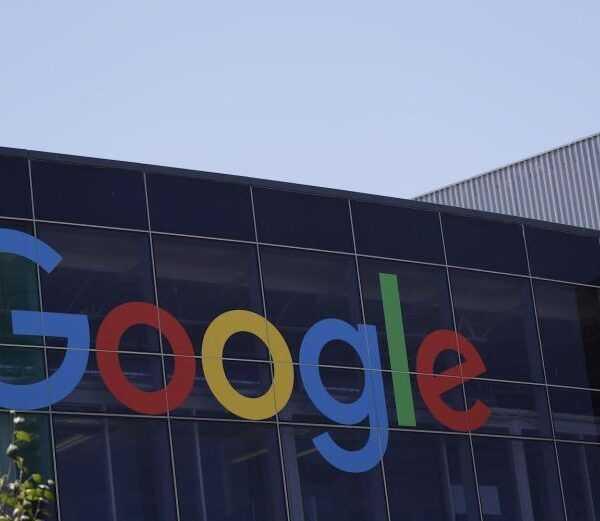 Акционеры подали иск против Google из-за отступных для руководителей, обвиненных в харассменте (google logo1)