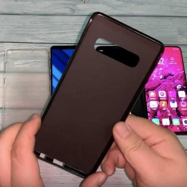 Официальные чехлы Samsung Galaxy S10 появились вживую на видео (1546422496 snimok ekrana 2019 01 02 v 11 45 41 dp)