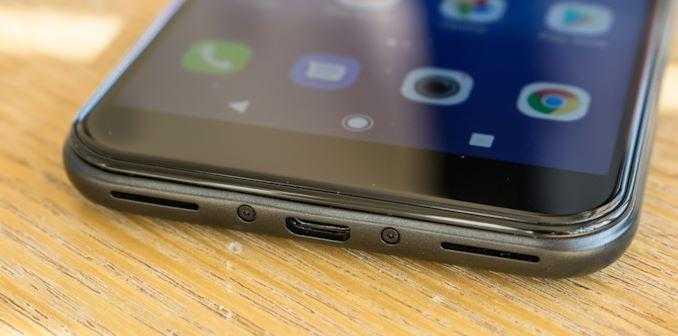 MWC 2019. TCL выпустила Alcatel 1S - 5,5-дюймовый IPS-смартфон ()