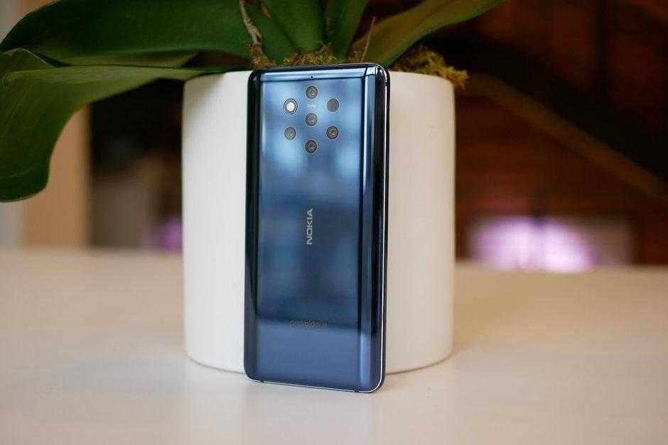 MWC 2019. Nokia 9 PureView: первый в мире смартфон с 5-ю камерами (Nokia 9 PureView Hands On 3)