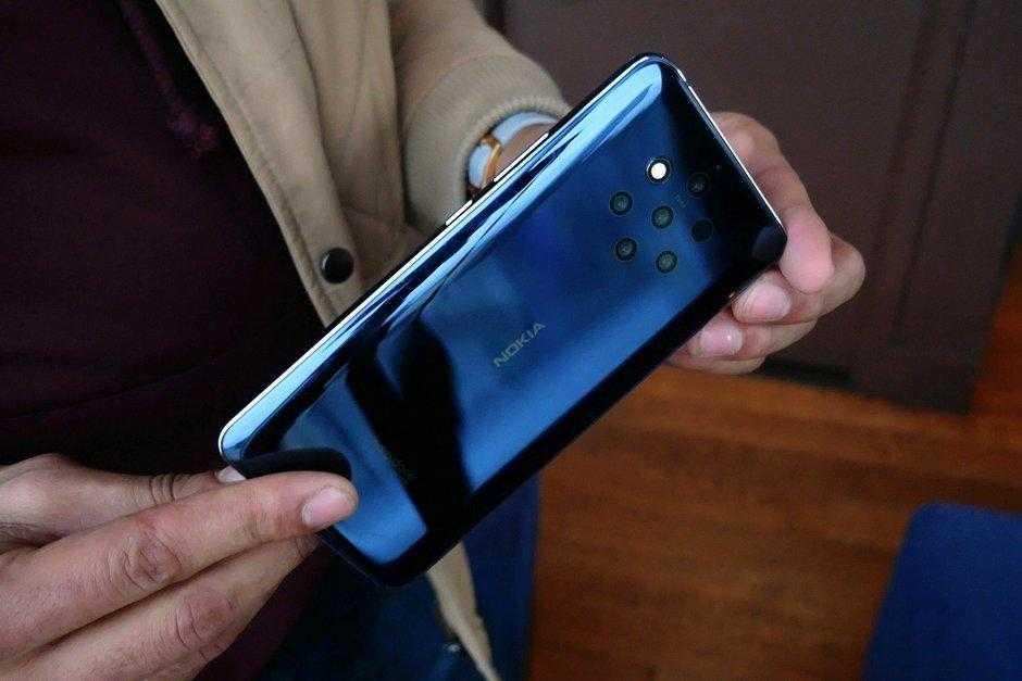 MWC 2019. Nokia 9 PureView: первый в мире смартфон с 5-ю камерами (Nokia 9 PureView Hands On 7)