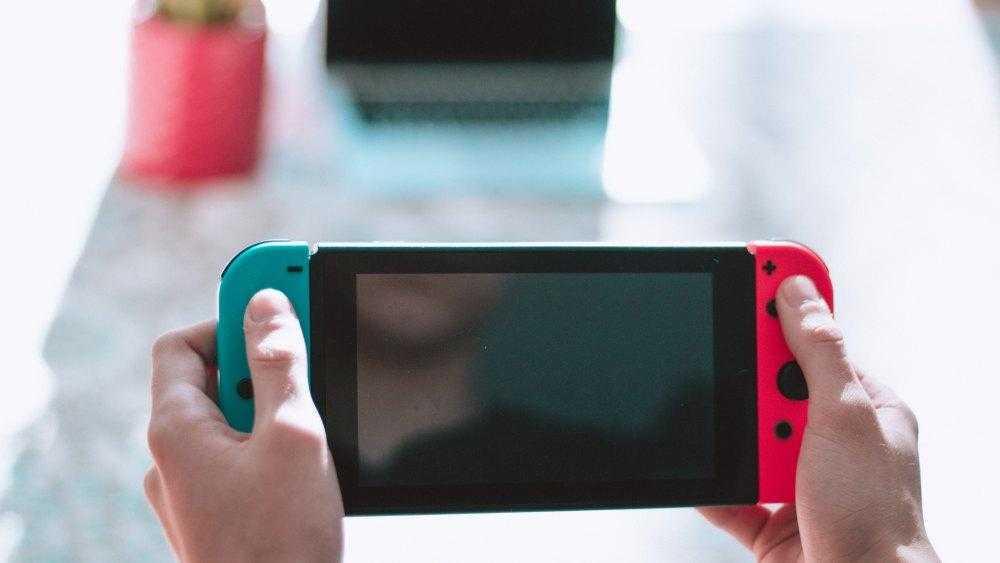 Nintendo планирует выпустить дешёвую версию Switch (corey motta 504077 unsplash)