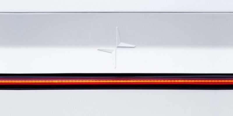 Polestar представит свой первый полностью электрический автомобиль 27 февраля (dims 7)