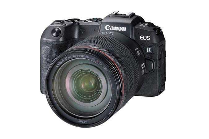Canon анонсировала полнокадровый фотоаппарат EOS RP (eosr front slant 24 105mm d 1)
