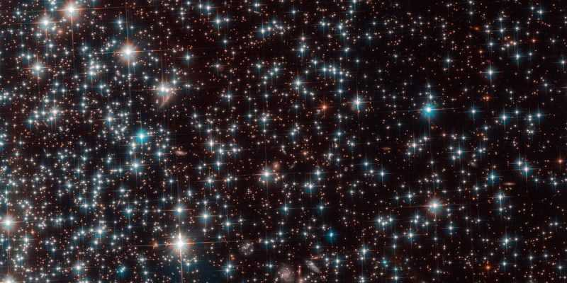Астрономы случайно нашли карликовую галактику Bedin 1 (globular cluster ngc 6752 1200x630 c ar1.91)