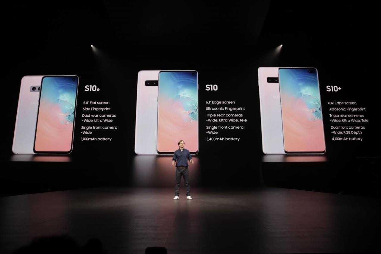 Samsung представил новые смартфоны Galaxy S10 и S10e (photo 2019 02 20 23 00 32)