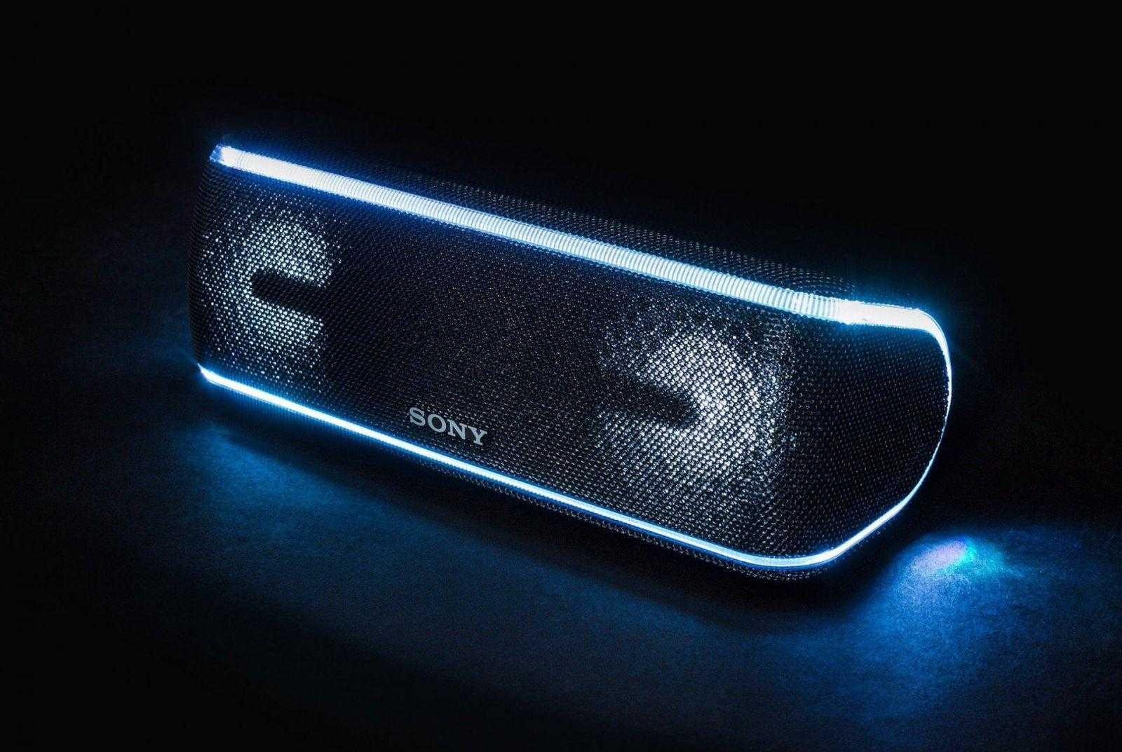 Колонка Sony Extra Bass засветилась в клипе Feduk (sony rugged bluetooth speaker gear patrol full lead)