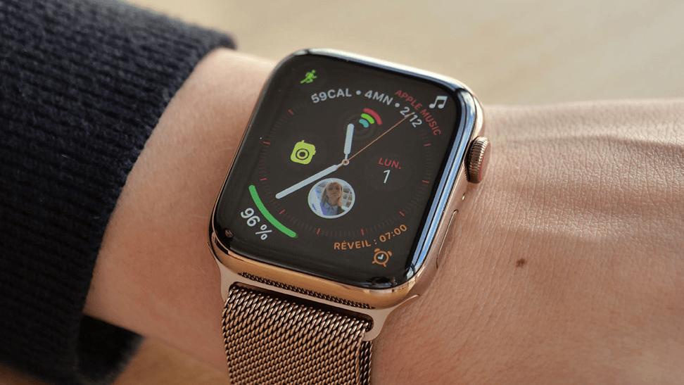 Половина мировых продаж смарт-часов приходится на Apple Watch (watch 1)