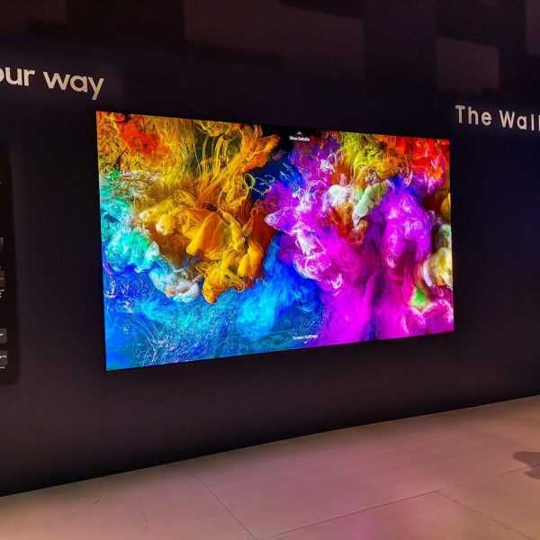 Samsung собирается делать беспроводные телевизоры (2019 samsung the wall)