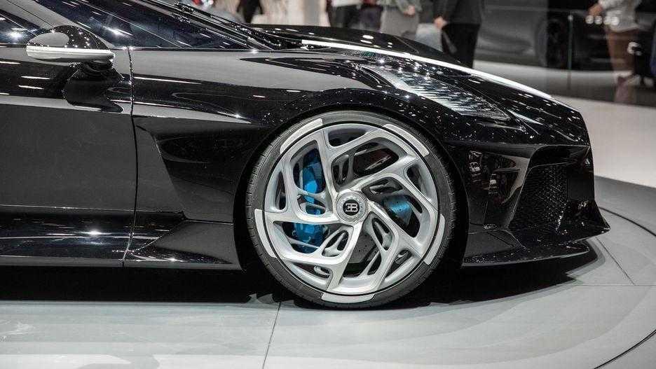 Bugatti сделала La Voiture Noire, самый дорогой автомобиль в мире (bugatti la voiture noire geneva 2019 12)