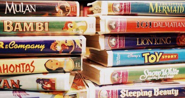 Стриминговый сервис Disney+ получит все фильмы компании (disney vhs tapes1)