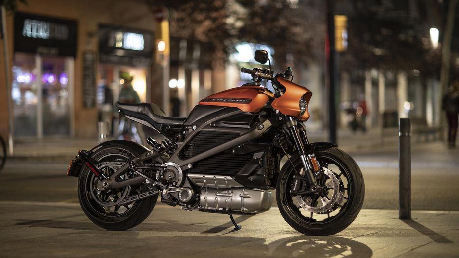 Harley-Davidson выпускает свой электромотоцикл Livewire (harley davidson livewire 016)