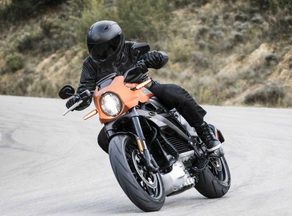 Harley-Davidson представил новый электромотоцикл LiveWire (harley davidson livewire 1)