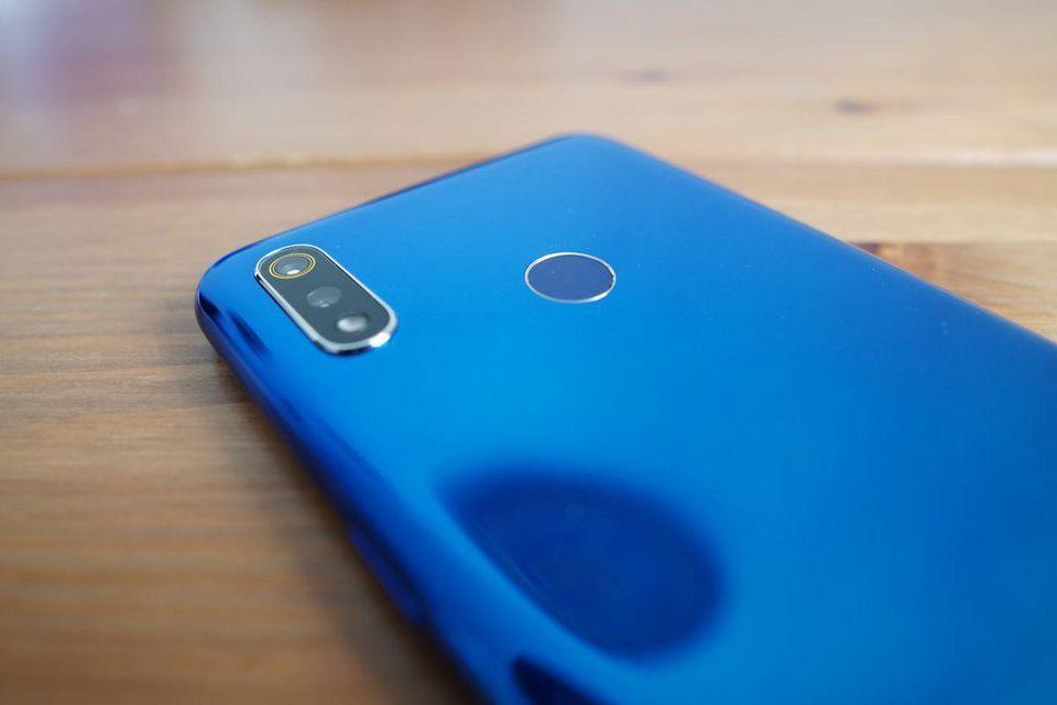 Oppo представила смартфон Realme 3 для индийского рынка (https blogs images.forbes.com bensin files 2019 03 dsc02458)