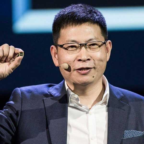 Глава Huawei заявил, что у Samsung Galaxy Fold плохой дизайн (huawei ceo richard yu)