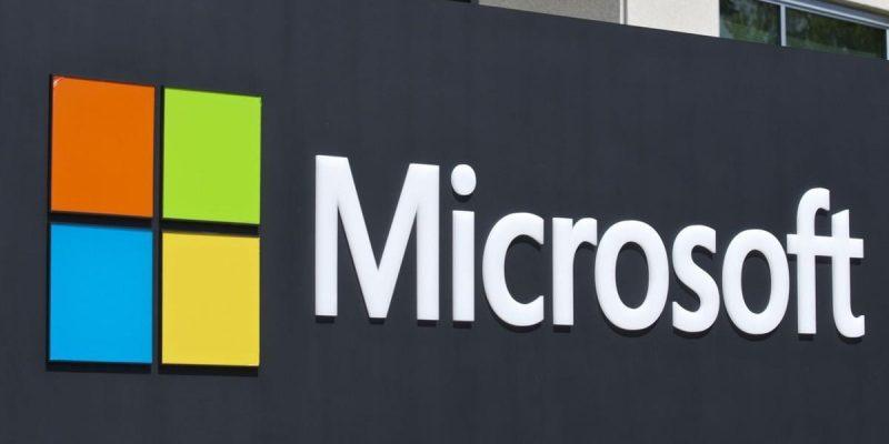 Microsoft подала в суд на Foxconn из-за лицензионных платежей и патентов (microsoft will deliver its own cloud)