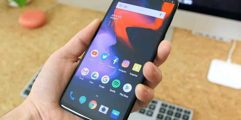 В сеть просочились рендеры OnePlus 7 (oneplus 6t jackless design)