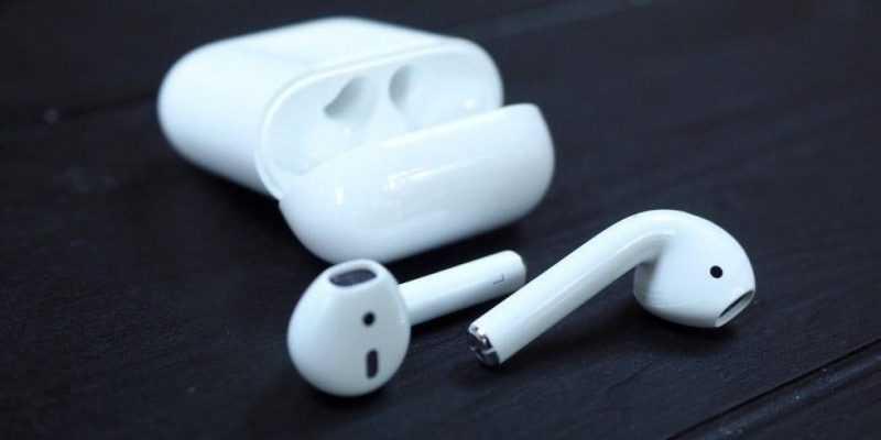Источник сообщает, что Apple AirPods 2 поступят в продажу 29 марта (stala izvestna data vykhoda naushnikov airpods 2 3)