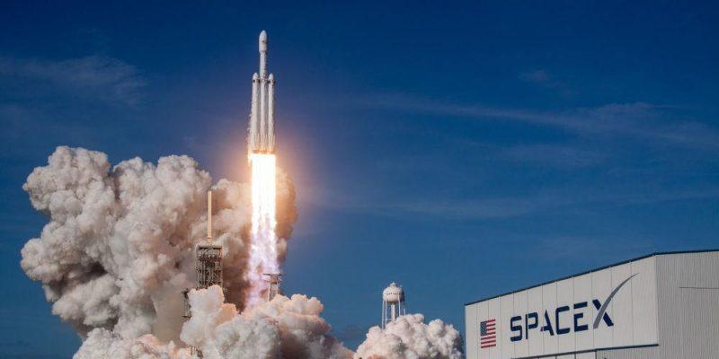 SpaceX Falcon Heavy успешно совершил свой первый коммерческий полет (1026245369)