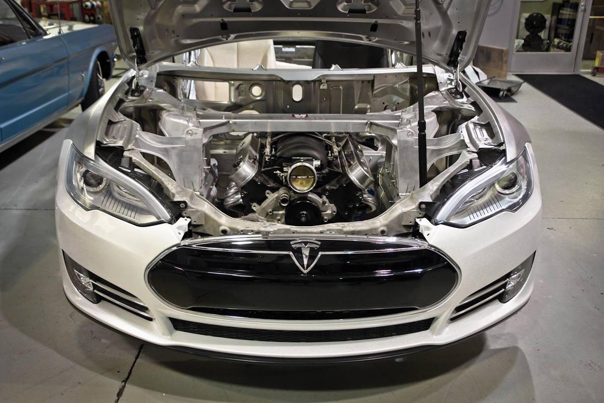 Tesla может оснастить Model S и Model X более эффективными двигателями (11807147 909114362494770 7820963878616261647 o)
