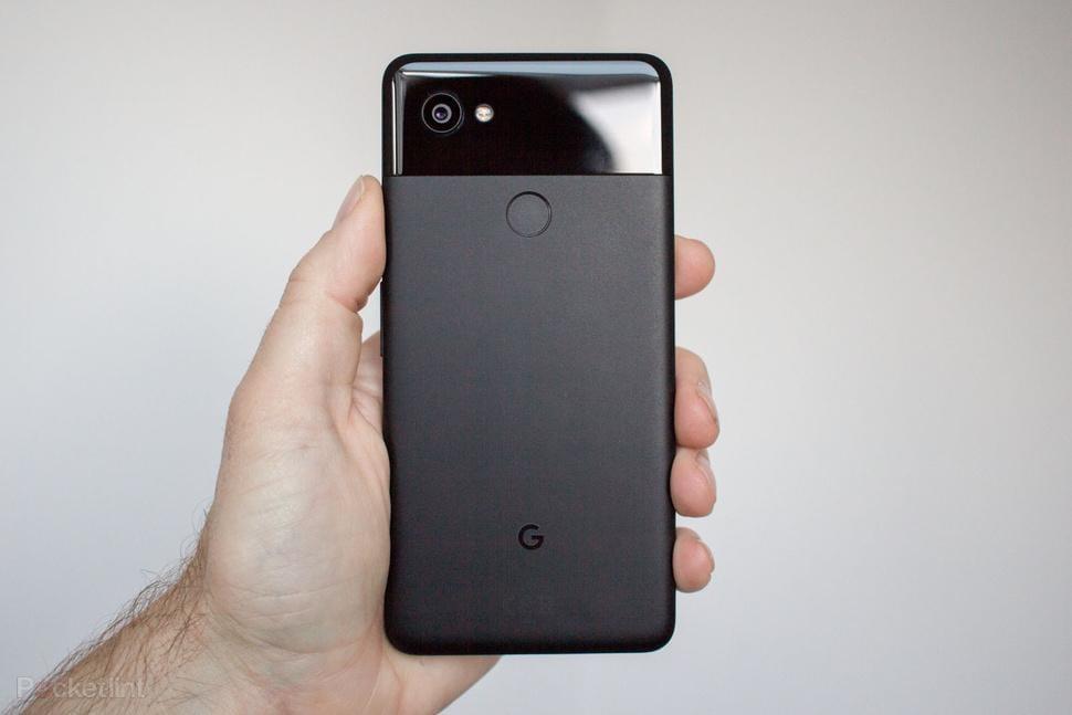 Google перестала продавать Pixel 2 и удалила его из магазина (142468 phones review google pixel 2 xl black image1 oq9fmu137f)