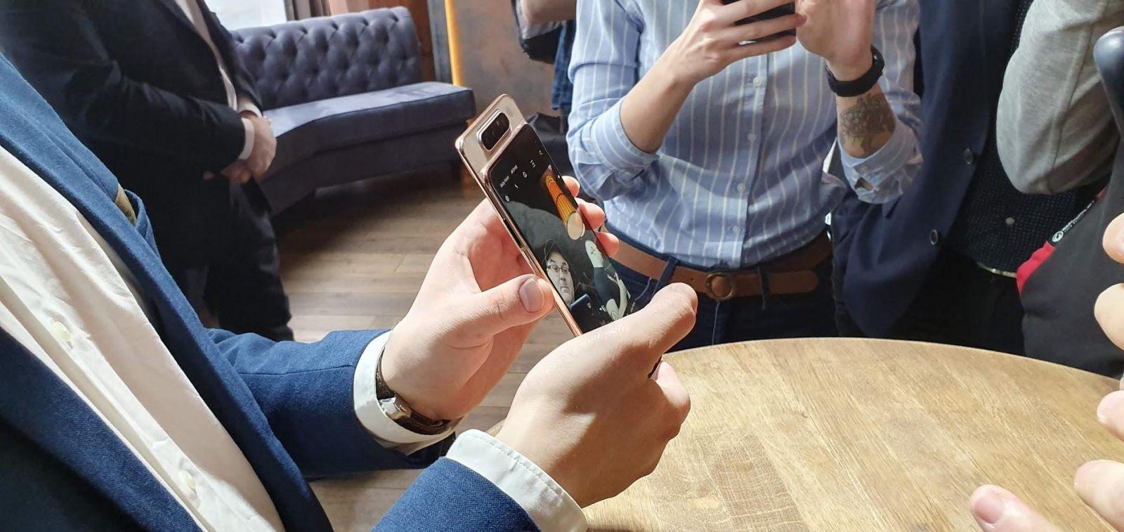 Samsung выпустил Galaxy A80 с вращающейся камерой (20190410 153900)