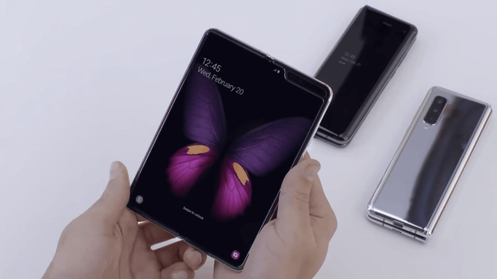 Cкладные телефоны на долгие годы останутся «нишевым продуктом» ()