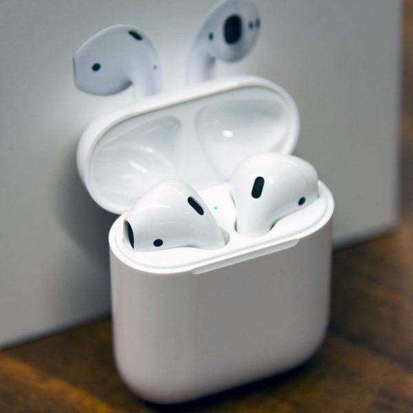 Как сделать Apple AirPods и AirPods Pro громче (apple airpods incase)